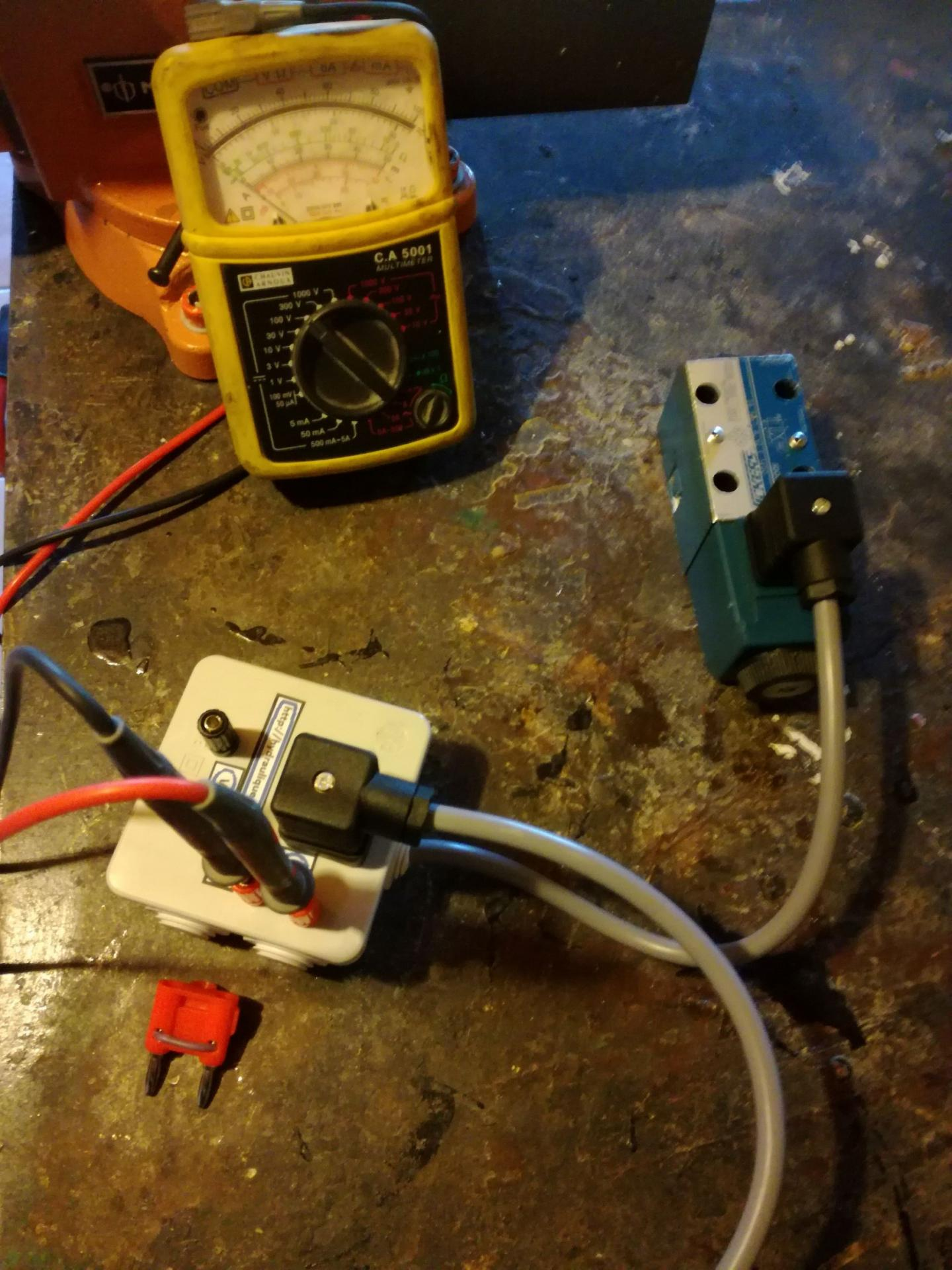 test box hydraulic coil